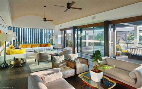 Location vacances villa moderne de luxe entre Nice et Cannes France Construire Tendance