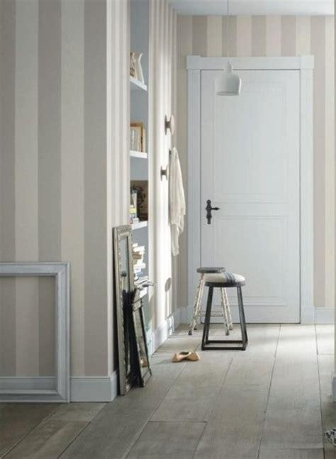 wallpaper fã r schlafzimmer 25 best ideas about landhaus tapete on