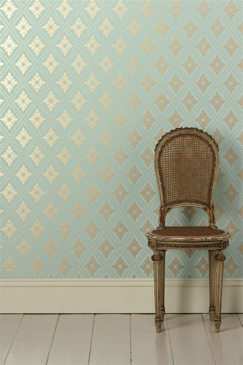glitter wallpaper sherwin williams 61 best images about aloe sherwin williams color of the