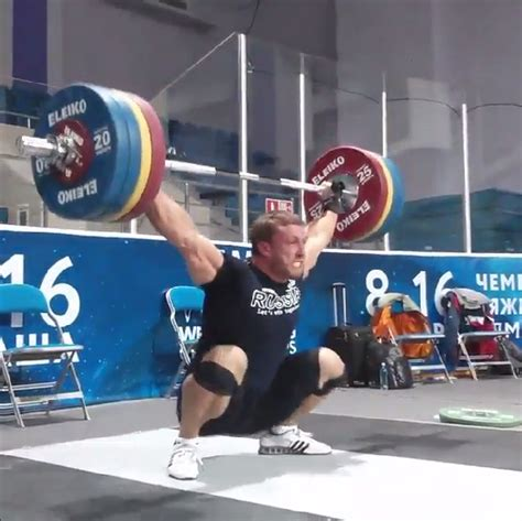 dmitry klokov bench press dmitry klokov 200kg snatch at almaty 2014 worlds training