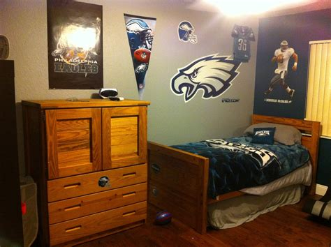 eagles bedroom fabric paint revisited pinterest addict