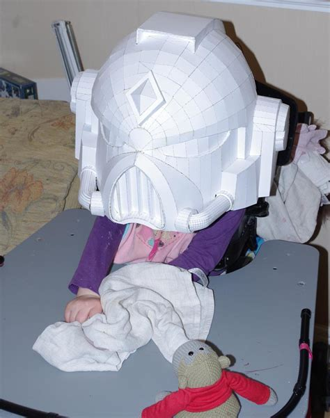 Space Papercraft - 40k papercraft space marine helmet space marine