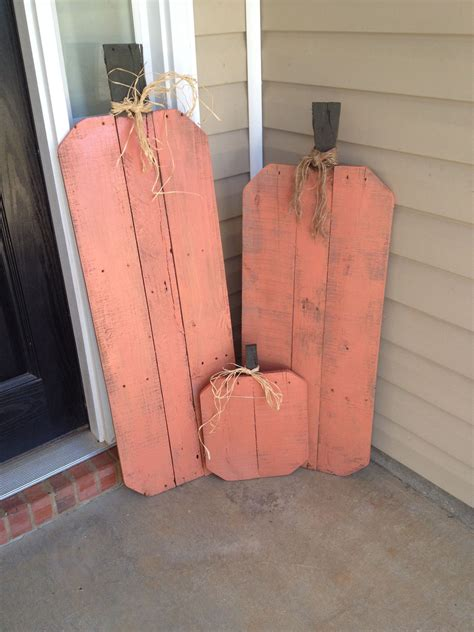 pallet pumpkins fall wood crafts pallet pumpkin fall