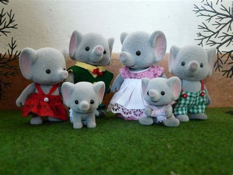 Sylvanian Families Tuxedo Cat Family 5181 1 the 139 best images about sylvanian families on