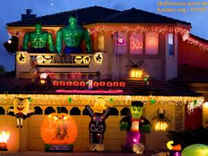 Halloween Decorated Homes by Alejandra Creatini 11 Craziest Halloween Decorated Homes