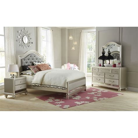 bedroom set full lil diva chagne 6 piece full bedroom set