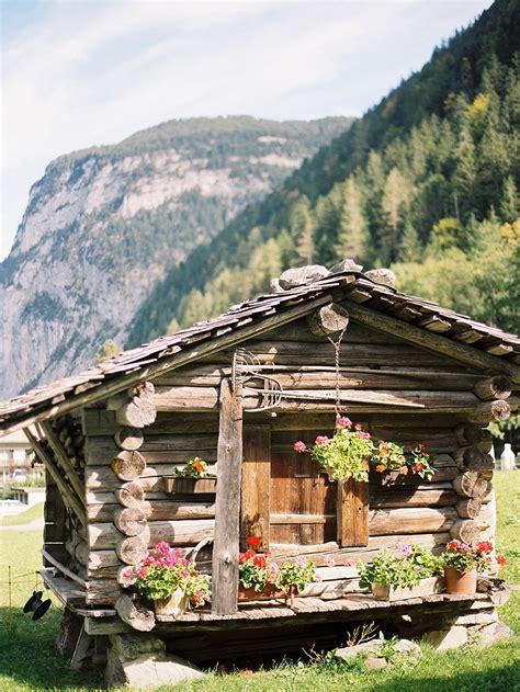 Switzerland Cabin by Log Cabin In Lauterbrunnen Switzerland Entouriste