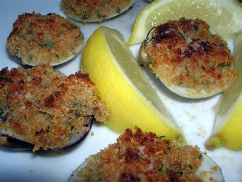 cooking italian comfort food baked clams oreganata cookingitaliancomfortfood
