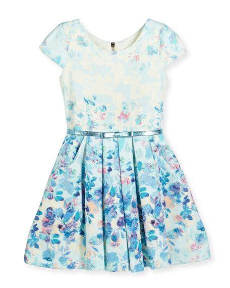 zoe sky s the limit cap sleeve floral dress blue
