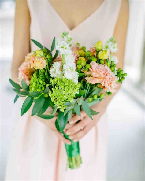 5 of the prettiest spring wedding bouquets ever the 50 best spring wedding bouquets martha stewart weddings