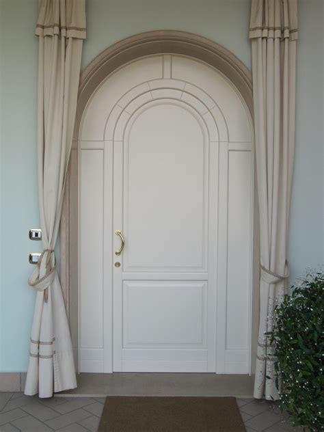 porte ingresso in legno porte d ingresso in legno falegnameria pirondini