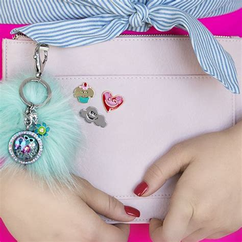 Origami Owl Cupcake Charm - 17 best images about origami owl trolls collection on