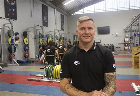 exclusive david weir hopes  smash equipment barriers