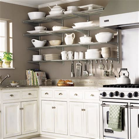 organizing kitchen cabinets learn how to organize
