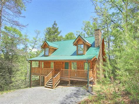 Cabin Fever Pigeon Forge Tn by A Desire Fulfilled Gatlinburg Cabins Pigeon Forge