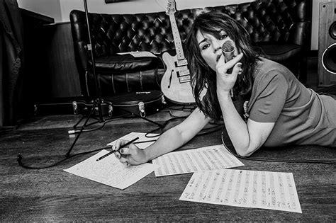 consoli ultimo bacio consoli firma la colonna sonora della web serie