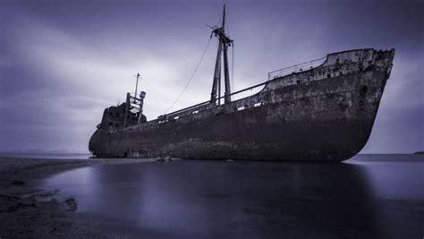 imagenes de barcos misteriosos im 225 genes de barcos abandonados hundidos im 225 genes
