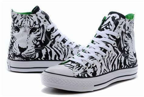 white pattern converse cool overseas edition black white converse chuck taylor