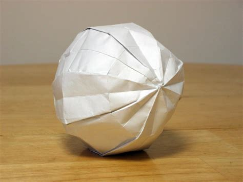 How To Make A Sphere With Paper - how to make an origami sphere alfaomega info