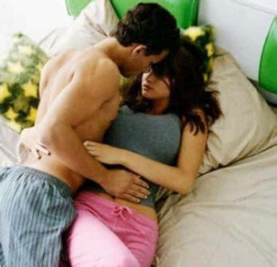 kissing games on the bed alia bhatt and randeep hooda s hot bedroom scene goes