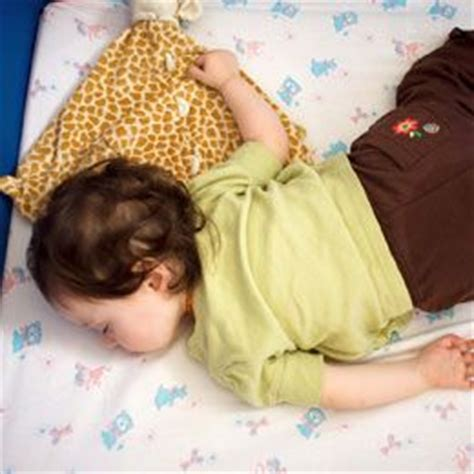 transition to toddler bed 17 best images about kids bedtime on pinterest sleep