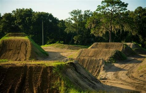 backyard dirt bike track 19 best images about motocross track on pinterest