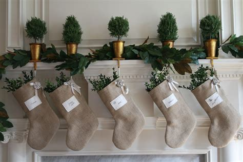 christmas decor ideas with burlap we know how to do it