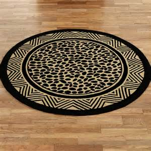wild leopard print hooked round rugs