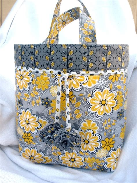 Project Handbag by Free Quilted Tote Bag Pattern Sewing Projects