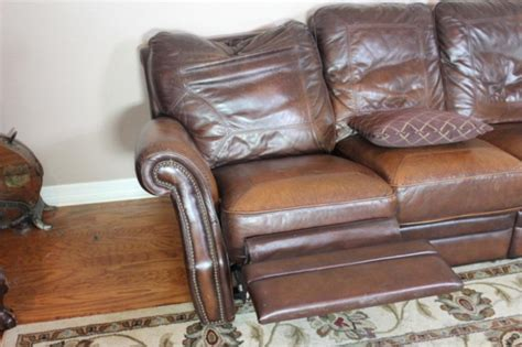 Broyhill Reclining Sofas by Broyhill Leather Sofa With Reclining