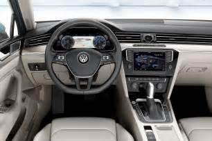 2015 volkswagen passat spec interior from driver seat