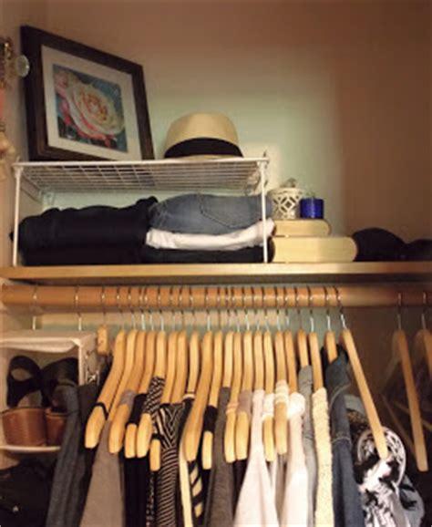 Define Wardrobe - definition of a capsule wardrobe truncation