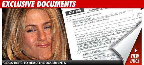Bag Stalker Alert New Victims by Aniston Allegedly Victim Of Dangerous Stalker