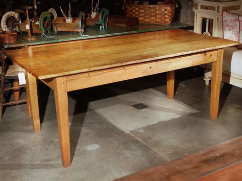Country Farmhouse Dining Table Country Farmhouse Dining Table At 1stdibs