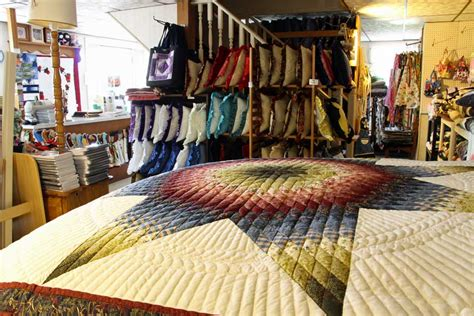 Pennsylvania Quilt Shops by Country Farm Amish Quilt Shop Amish Farm Stay