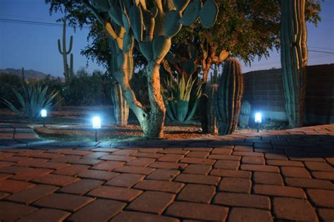 Diy Landscape Lighting Diy Landscaping Lights Hacked Gadgets Diy Tech
