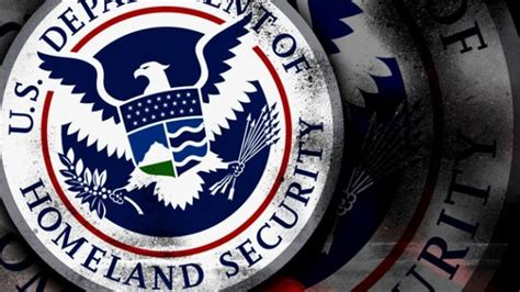 exiting senator s report describes dhs failure to secure