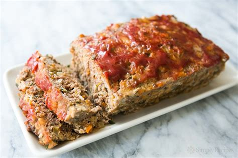 meatloaf recipe classic meatloaf recipe simplyrecipes com