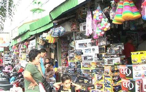 Karpet Murah Di Pasar Gembrong pasar gembrong pusat mainan murah sekilas indonesia