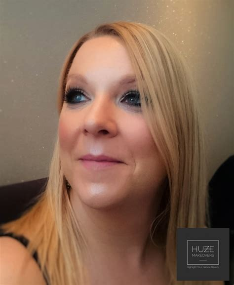 hair and makeup wirral makeup artist wirral huze makeovers