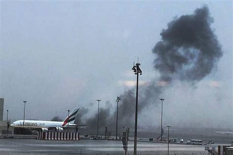 Home Planes by Emirates Flight From Kerala Crash Lands In Dubai Fliers