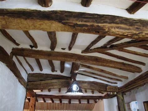 soffitti in legno lamellare dimensioni travi in legno travi sezioni travi in legno