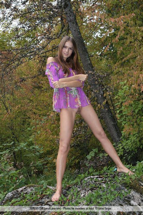 Camy Dream Topless Photo Sexy Girls
