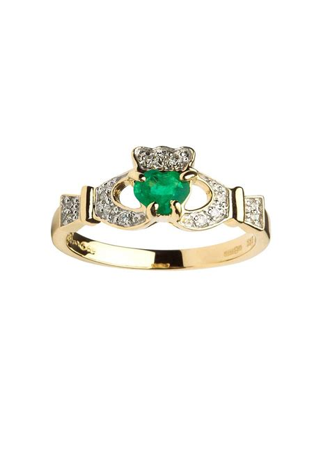 14k gold claddagh emerald and set ring