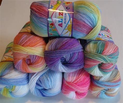 knitting yfrn alize baby yarn a lovely batik dyed chunkier baby knitting