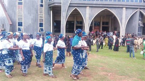 Mba Ise In Imo State Images by Mbaise Defy Pope Francis Stage Protest Photos