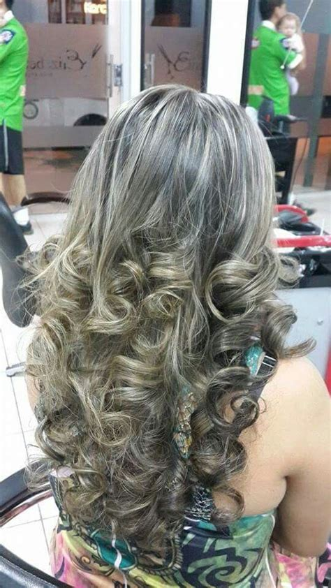 frosting your hair roots 500 best images about highlighted streaked foiled