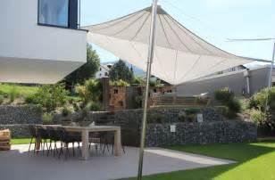 sonnensegel terrasse aufrollbar sonnensegel in edlem design f 252 r terrasse und garten