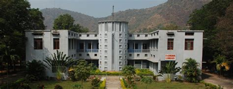 Andhra Loyola College Mba by Andhra Loyola College Vijayawada Admissions Contact
