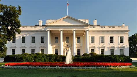Travel Thru History 5 Facts About The White House